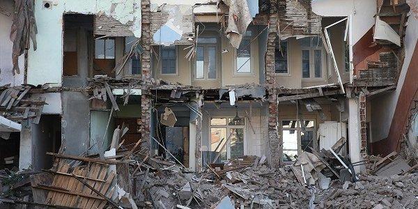 Depremde İstanbul'daki binaların 5'te biri yıkılacak