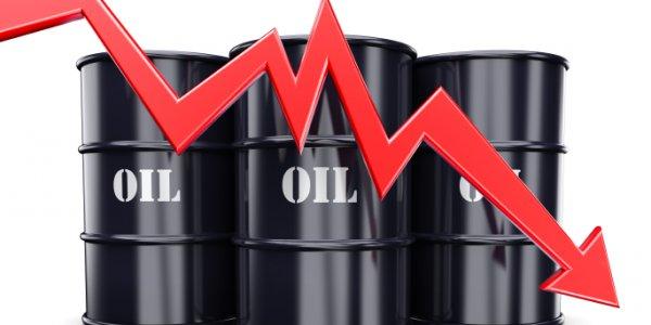 """Petrol fiyatı nasıl """"eksi""""ye düştü. Şimdi ne olacak"""