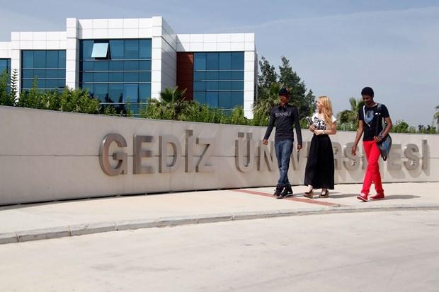 Kapatılan üniversitelerin öğrencilerinin yeni okulları 15