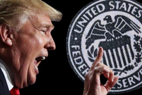 Trump, ECB'nin faiz kararı üzerinden Fed'i eleştirdi