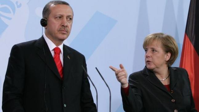 Merkel'den Erdoğan'a ince mesaj