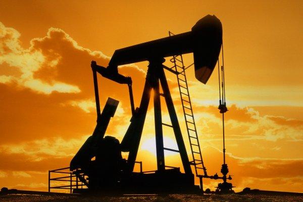 Brent petrol 60 doların altında