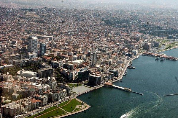İzmir'de yeni koronavirüs yasakları