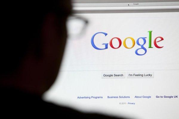 Google'ın ana kuruluşu Alphabet'in net kar ve geliri arttı