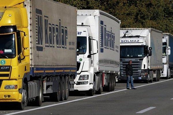 Türkiye'den Avrupa'ya tır kasası taşımacılığı arttı
