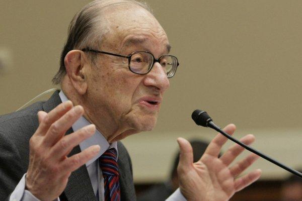 Fed'in efsane başkanı Greenspan'den vergi uyarısı