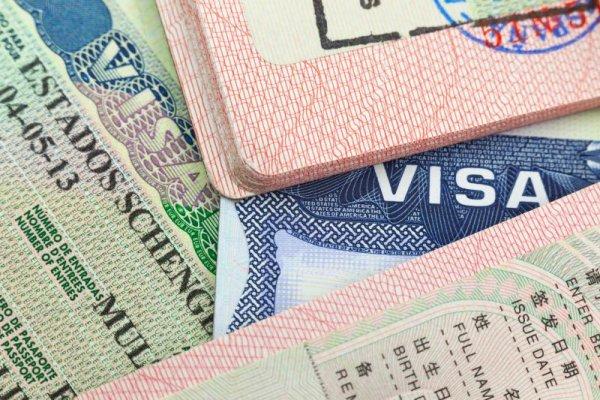 AB'den İngiltere'yle vizesiz seyahate devam hazırlığı
