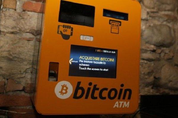 Bitcoin ile IŞİD'e para transferine 20 yıl