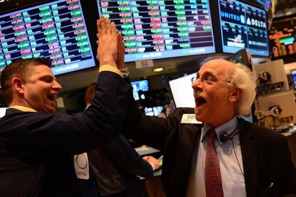 Dow Jones rekor seviyeden kapandı