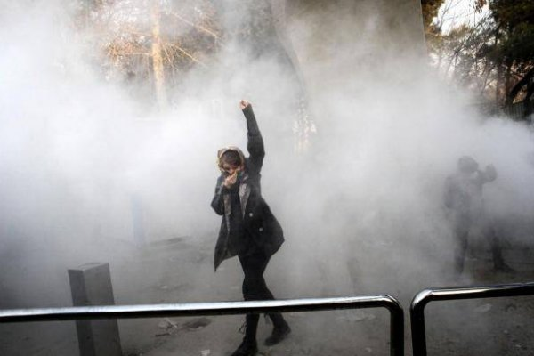 İran'da hayatını kaybedenlerin sayısı artıyor
