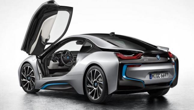 BMW, kablosuz sarj dönemini başlatıyor