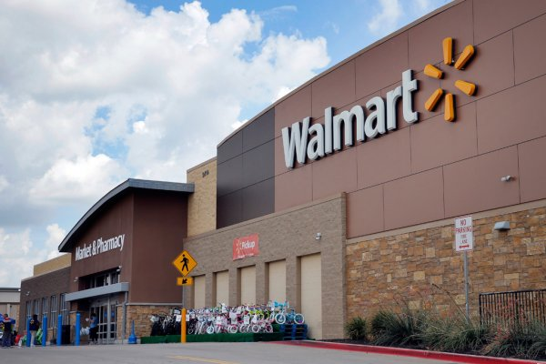 Walmart onlarca mağazasını kapatıyor