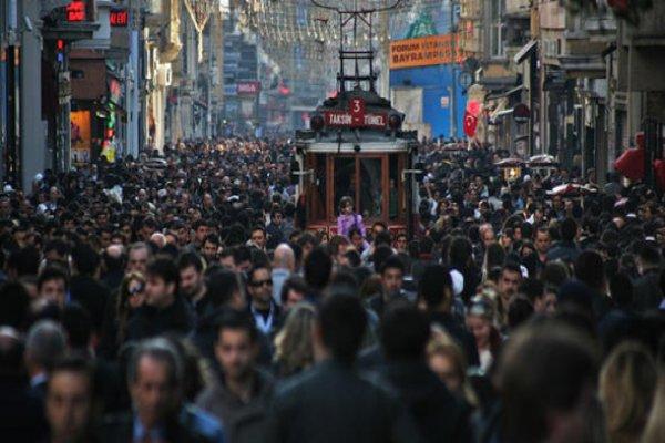 2040'ta Türkiye nüfusu 100 milyonu aşacak!
