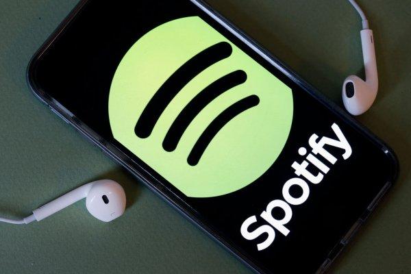 Spotify, Apple kavgası büyüyor