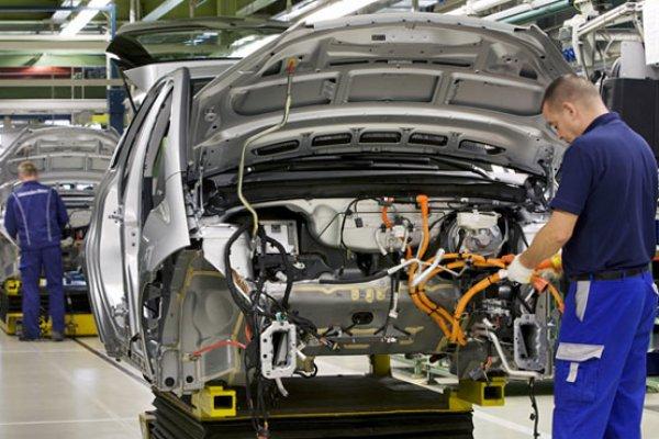 İngiltere'de otomobil üretimi geriledi