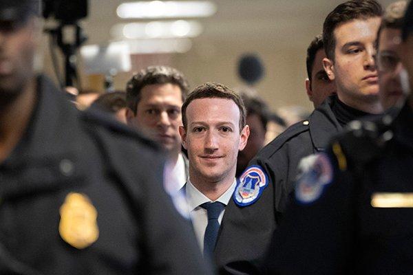 Zuckerberg ifade veriyor: Üzgünüm, benim sorumluluğumdu