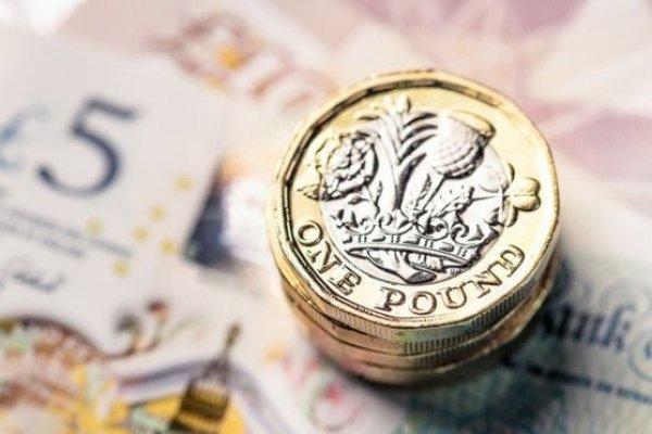 Brexit'in ertelenmesi GBP/USD paritesini yükseltebilir