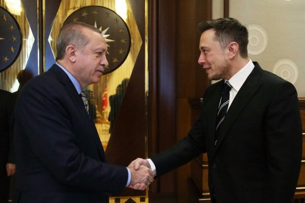 Elon Musk'tan flaş Türkiye açıklaması: Tesla Türkiye'ye geliyor