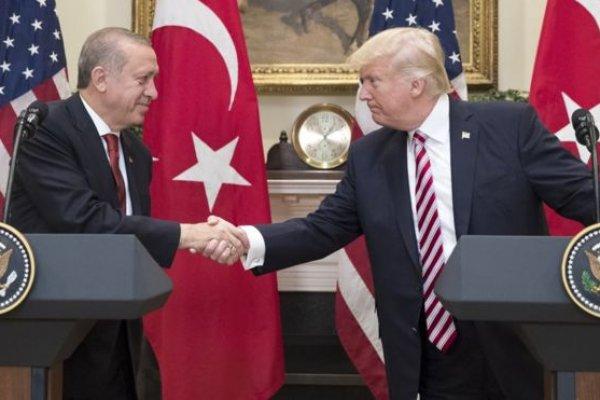 """""""Türkiye'nin Trump'ı çalkantılı bir dönemden geçiyor"""""""