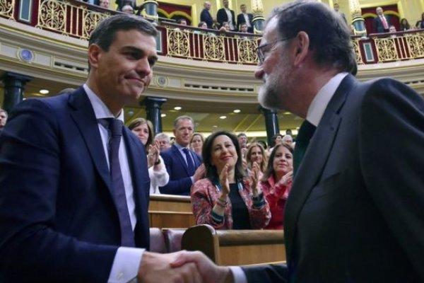 İspanya'da hükümet düştü