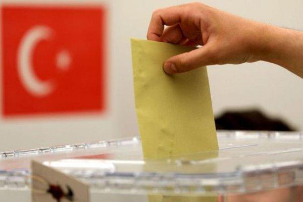 İşte AKP'nin 50 şehirdeki belediye başkanı adayları