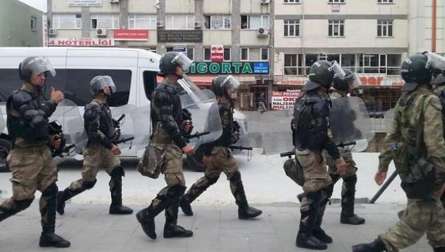 Asker, İstanbul'da da sokak kontrolünde