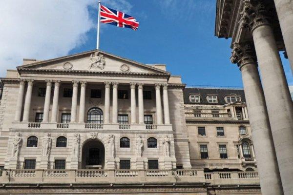 İngiliz bankaları stres testini geçti