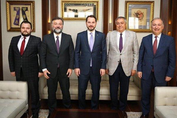 Gayrimenkul sektörü temsilcileri Albayrak'la görüştü: Teşvikler gündemde