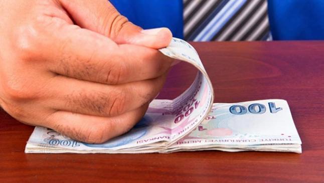 Memur maaşlarında 240 lira kayıp