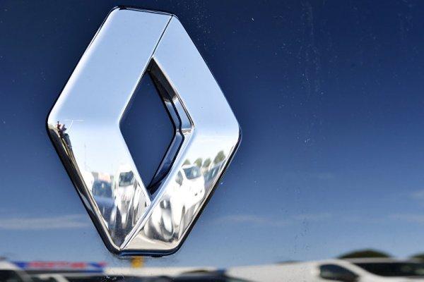 Renault gözaltına alınan CEO'yla yola devam dedi