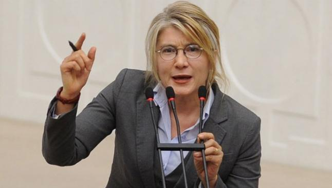 Emin Ülker Tarhan CHP'den istifa etti