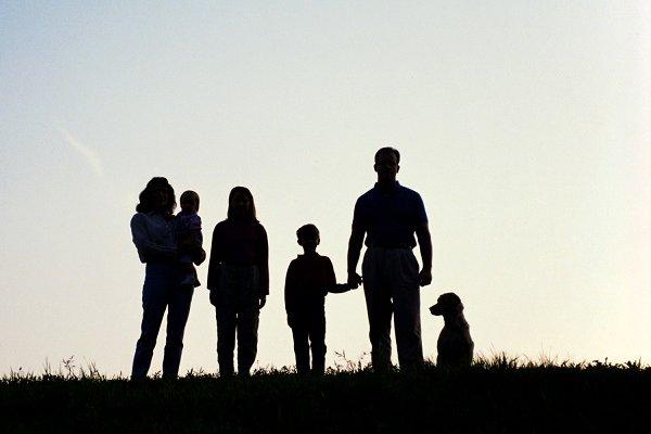 Üç çocuk yapan ailelere tarım arazisi ve faizsiz ev kredisi