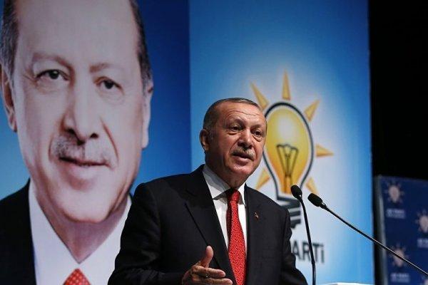 'AK Parti propaganda için Turkcell'in uygulamasıyla anlaştı, sanal odalar kuracaklar'