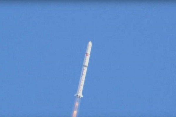 Suudi Arabistan uzaya iki uydu gönderdi