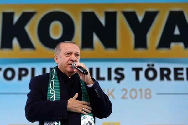 Erdoğan: Trump'la konuştuk, teröristler Fırat'ın doğusuna gitmeli