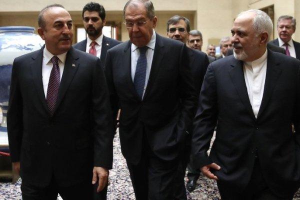Suriye'de yeni anayasa için üç ülke uzlaştı