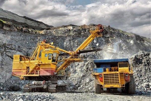 Çin 1.000'den fazla madeni kapatıyor