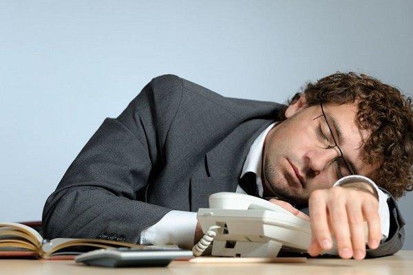 İşyerinde uyuyanlar tazminatsız kovulabilir