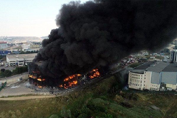 Tekstil fabrikasındaki yangında 4 can kaybı