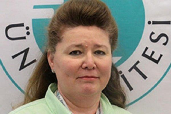 Düşük not veren profesöre 5 ay hapis cezası