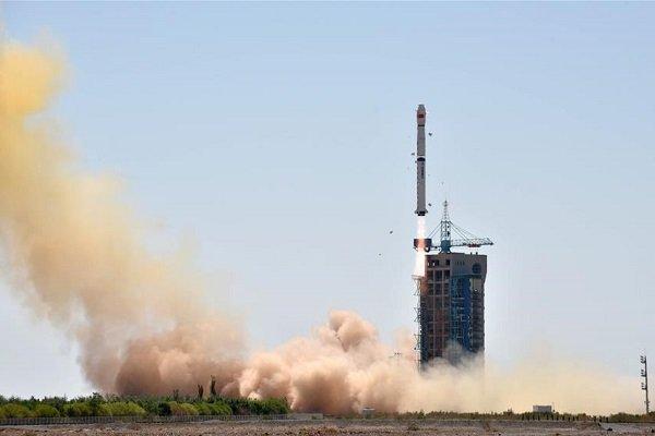 Çin 6 yılda uzaya 100 uydu daha gönderecek