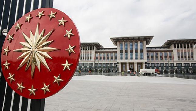 Erdoğan'ın sarayında ayaklanma