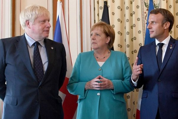 Johnson AB'den Brexit'in ertelenmesini istedi