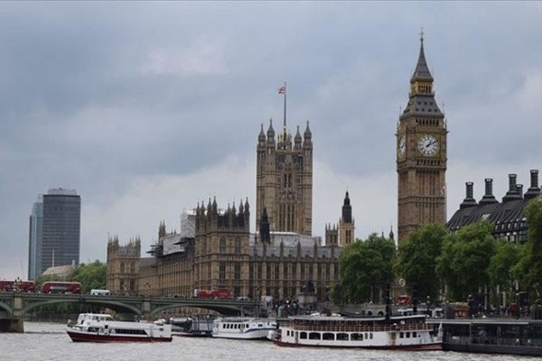 İngiltere parlamentosu feshedildi