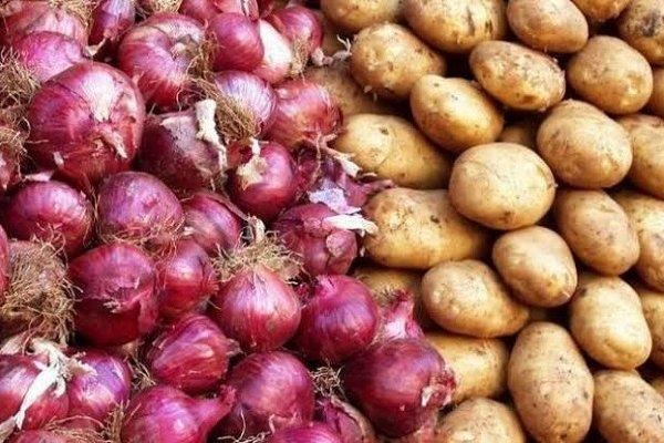 İç tüketim azaldı patates-soğan yine depoda kaldı