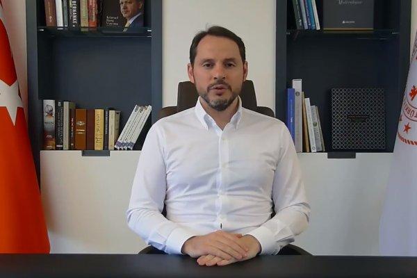 Hazine ve Maliye BakanıBerat Albayrak istifa etti