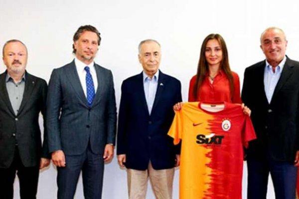 Galatasaray, forma reklamı için anlaştı