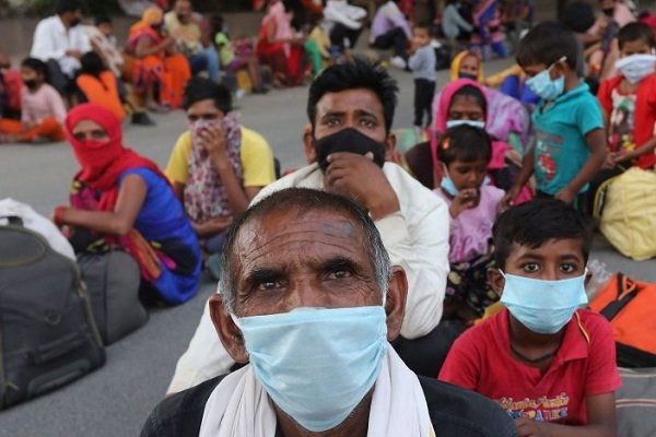 Zengin Hintliler jetlerle ülkeyi terk ediyor