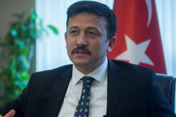 AK Parti Genel başkan Yardımcısı pozitif çıktı