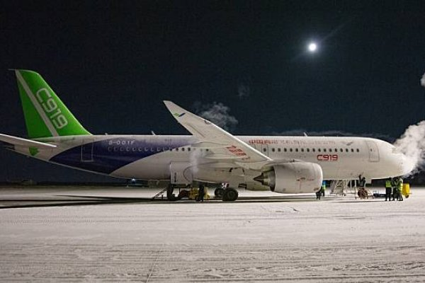Çin'in yolcu uçağı C919, soğuk hava testini de geçti